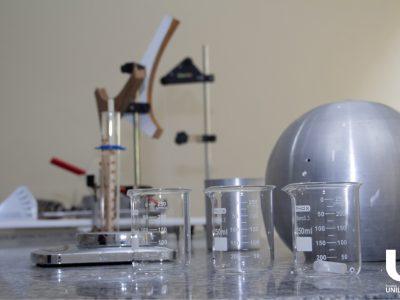 laboratorio-de-fisica-faculdade-unilagos-1.jpg