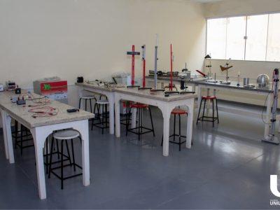 laboratorio-de-fisica-faculdade-unilagos-3.jpg