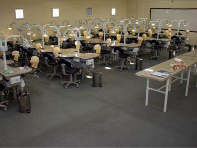 laboratorio-de-odontologia-faculdade-unilagos-4.jpg