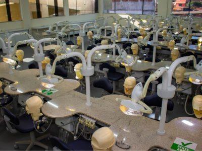 laboratorio-de-odontologia-faculdade-unilagos-8.jpg